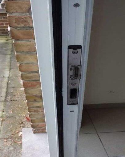 Gerepareerde deur